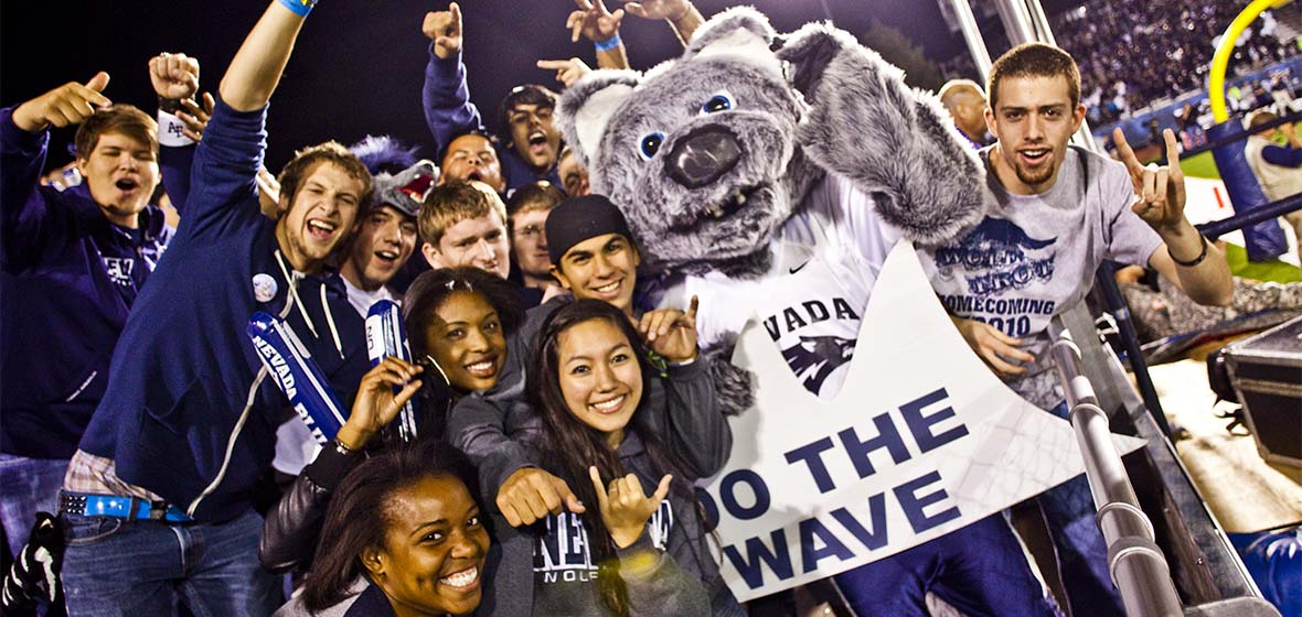 Wolf Pack Football Fans