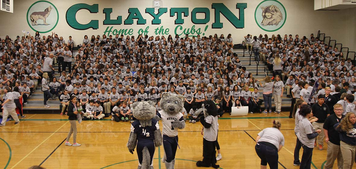2016 Clayton College Day and mascot dance off