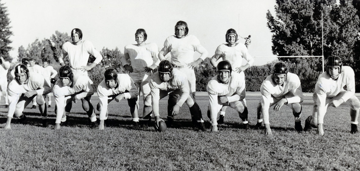1952 Wolf Pack football starters