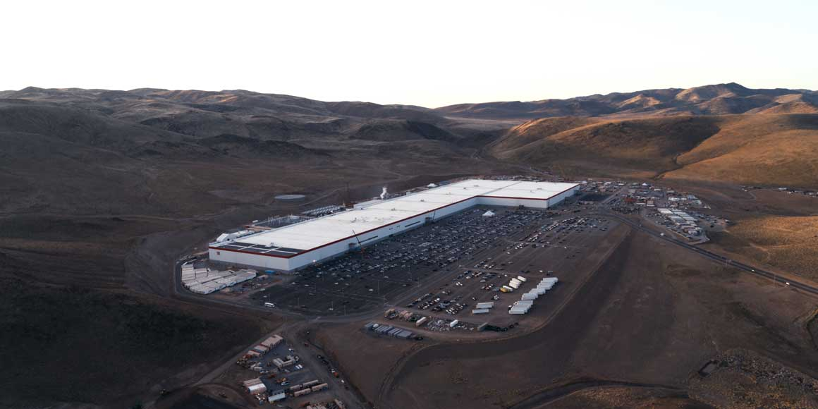 An above shot of the Gigafactory.