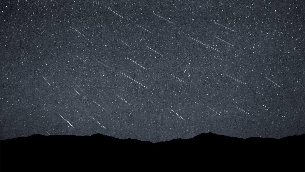 Timelapse of the Perseid Meteor Shower over the Black Rock Desert