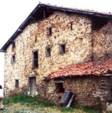 You might mistake this fophotograph of a farmhouse in Etxebarri.