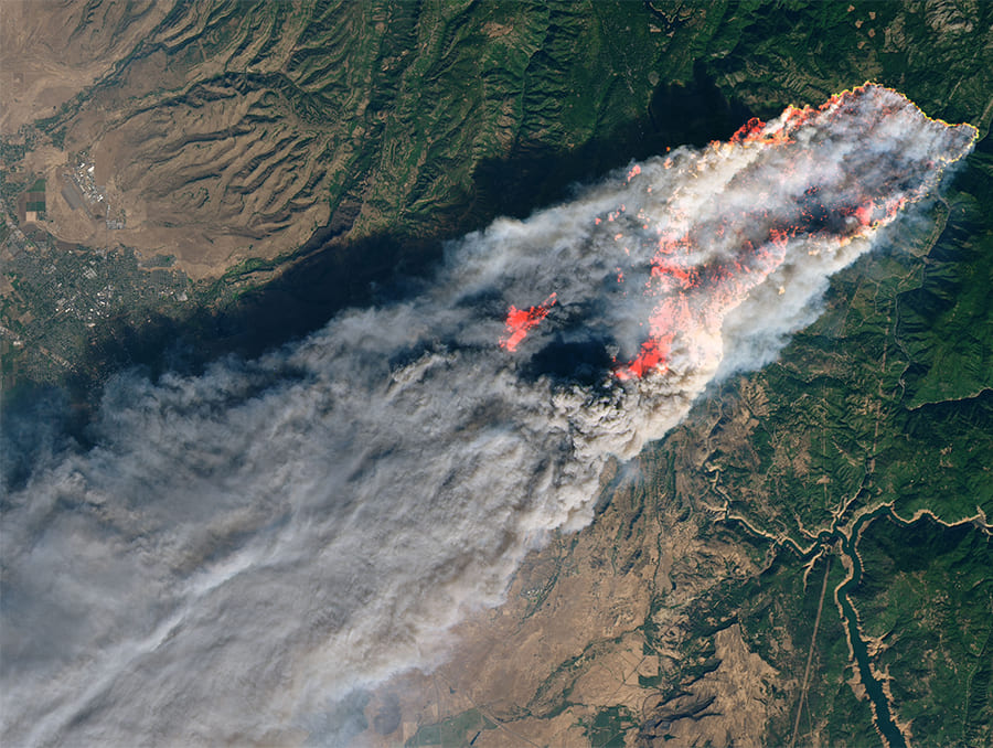 Satellite imagery of a plume of smoke covering a vast swathe of California