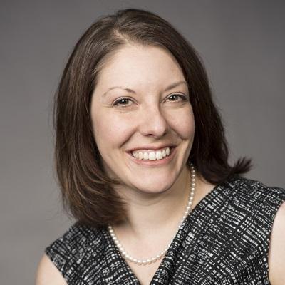 Amy Pason headshot
