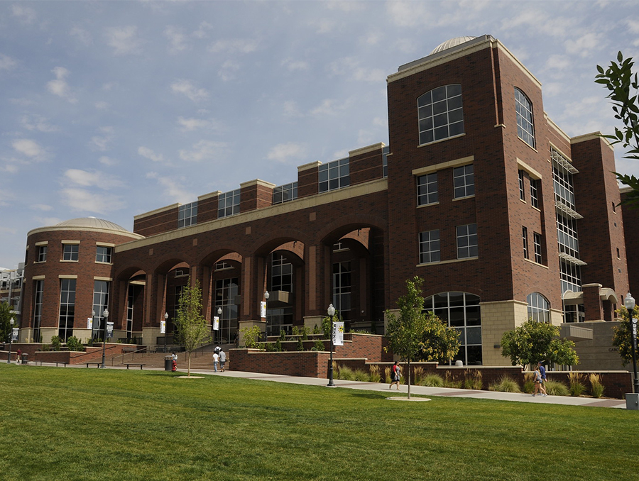 picture of the university of nevada reno knowledge center